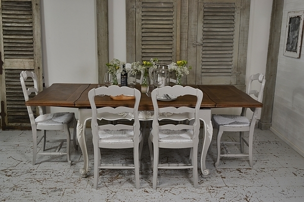 Featured Image of Shabby Chic Extendable Dining Tables