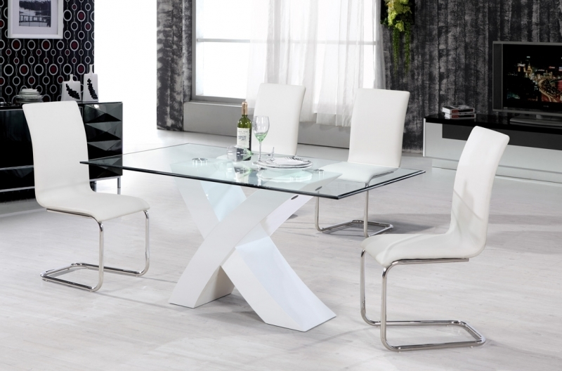 Featured Image of White High Gloss Dining Tables And 4 Chairs