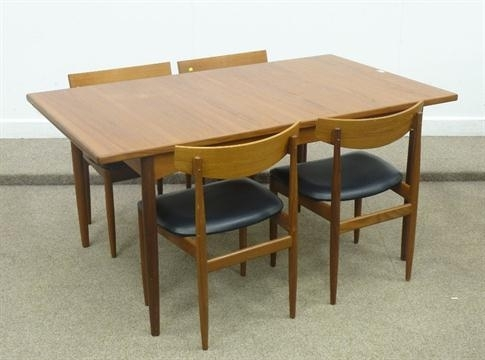 G Plan Rectangular Teak Vintage/retro Extending Dining Table With With Retro Extending Dining Tables (View 25 of 25)