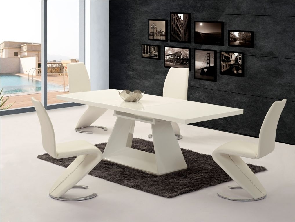 Ga Silvano Extending White Gloss 160 220Cm Dining Table & Luciano Chairs Inside High Gloss Cream Dining Tables (Image 12 of 25)