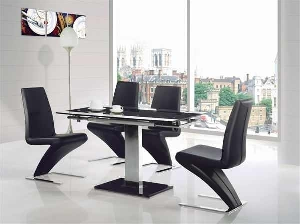 Gami Extending Glass Chrome Dining Table 4X Modern Leather Chairs In intended for Glass and Chrome Dining Tables and Chairs