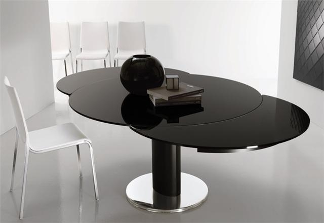 Giro Modern Italian Extending Round Table Within Glass Round Extending Dining Tables (Image 9 of 25)