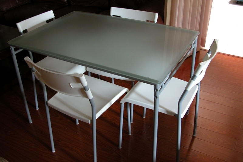 Glass Dining Room Table Ikea – Cheekybeaglestudios Regarding Ikea Round Glass Top Dining Tables (Image 8 of 25)