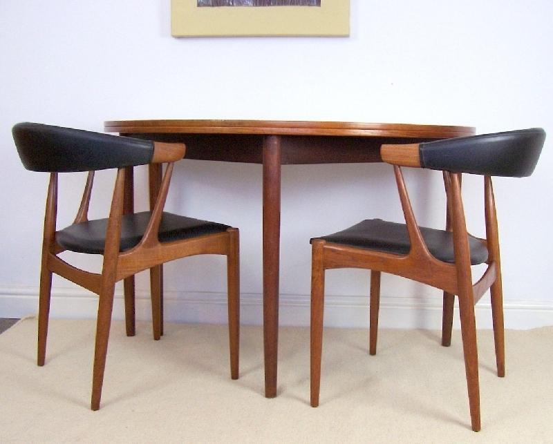 Half Moon Dining Table | Aionkinahkaufen With Regard To Round Half Moon Dining Tables (Image 8 of 25)