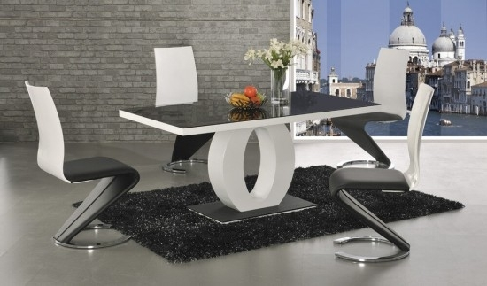 Halo Black Glass And White High Gloss Dining Table Dt 2529Bw Intended For Black Gloss Dining Room Furniture (Image 10 of 25)