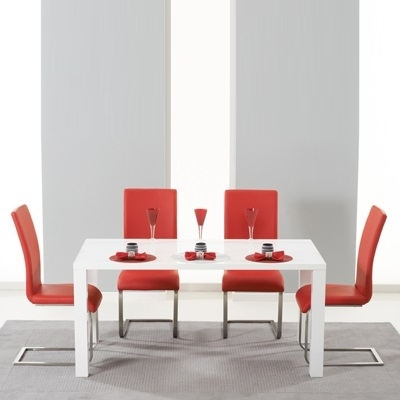 Harvey 160Cm High Gloss White Dining Table With 4 Milan Red Chairs Regarding Red Gloss Dining Tables (Image 8 of 25)