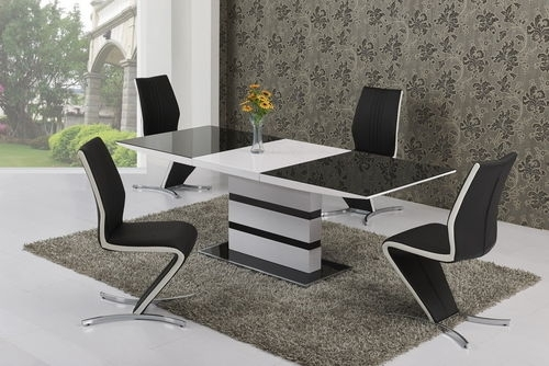 High Gloss Dining Table And Chairs Sets | Homegenies Inside Gloss Dining Tables And Chairs (Image 10 of 25)