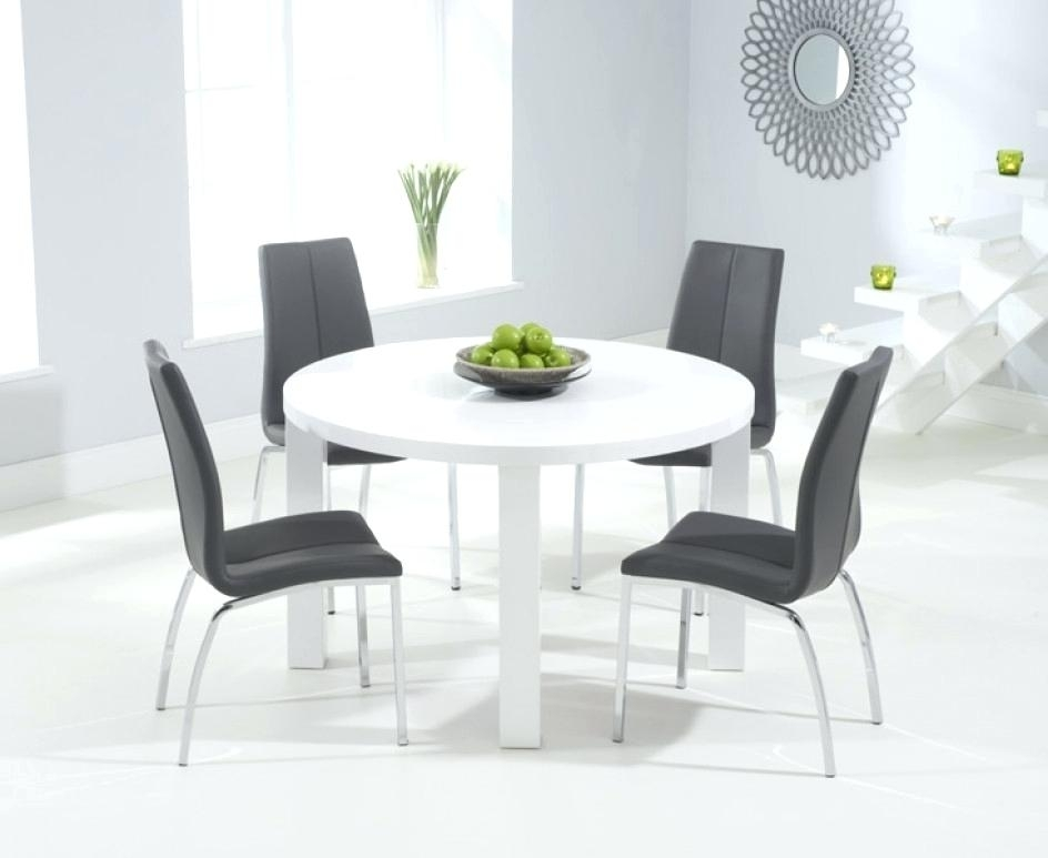 High Gloss Dining Table White High Gloss Extending Dining Table High For White High Gloss Dining Tables And Chairs (Image 15 of 25)