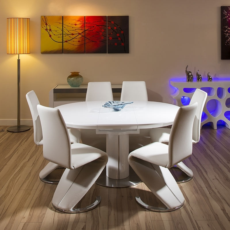 High Gloss Dining Tables Cream Home Theme To Her With Modern Dining Inside Cream Gloss Dining Tables And Chairs (View 11 of 25)