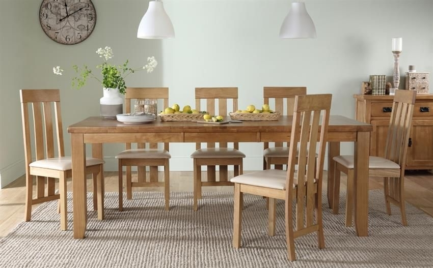 Highbury Oak Extending Dining Table - With 8 Chester Chairs (Ivory within Oak Extending Dining Tables And 8 Chairs