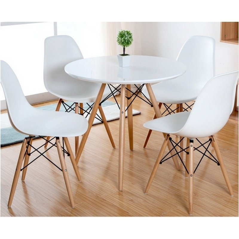 Featured Image of Como Dining Tables