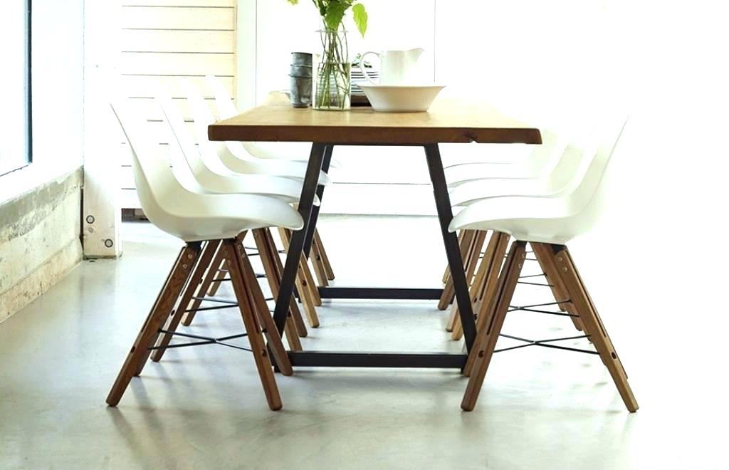 How Big Is A Round Table That Seats 8 Big Round Dining Table 8 Intended For Dining Tables 8 Chairs Set (Image 17 of 25)