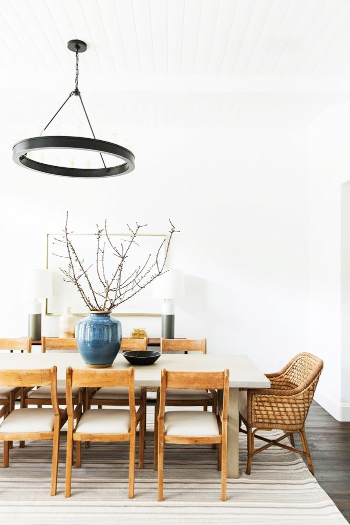 How To Incorporate Mismatched Dining Chairs In Your Home | Mydomaine With Market 6 Piece Dining Sets With Host And Side Chairs (Image 16 of 25)