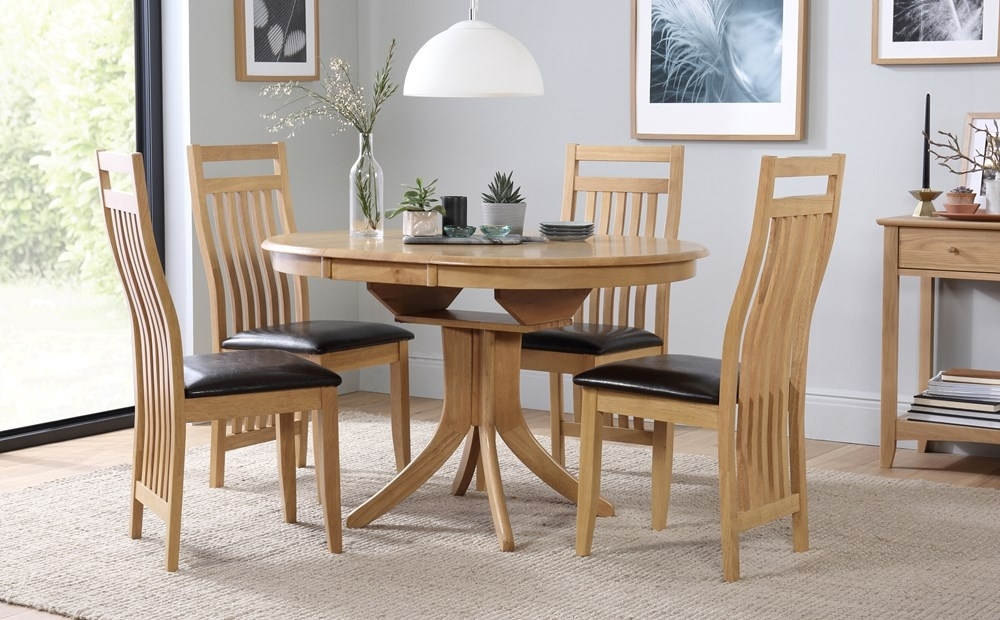 Hudson Round Extending Dining Table And 4 Bali Chairs Set Only Inside Extendable Dining Room Tables And Chairs (View 8 of 25)