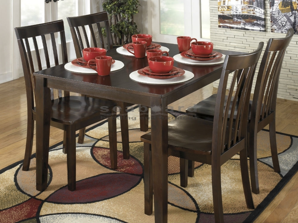 Hyland Reddish Brown 5 Piece Dining Collection Ashley D258 Inside Hyland 5 Piece Counter Sets With Stools (Image 20 of 25)