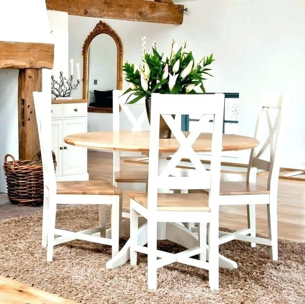 Imágenes De Small Round Dining Table 4 Chairs In Small Round Dining Table With 4 Chairs (Image 8 of 25)