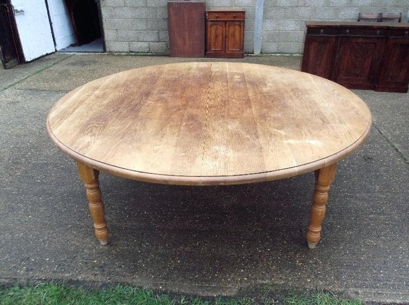 Large Round Dining Tables Large Round Glass Dining Table Seats 8 For Huge Round Dining Tables (Image 21 of 25)