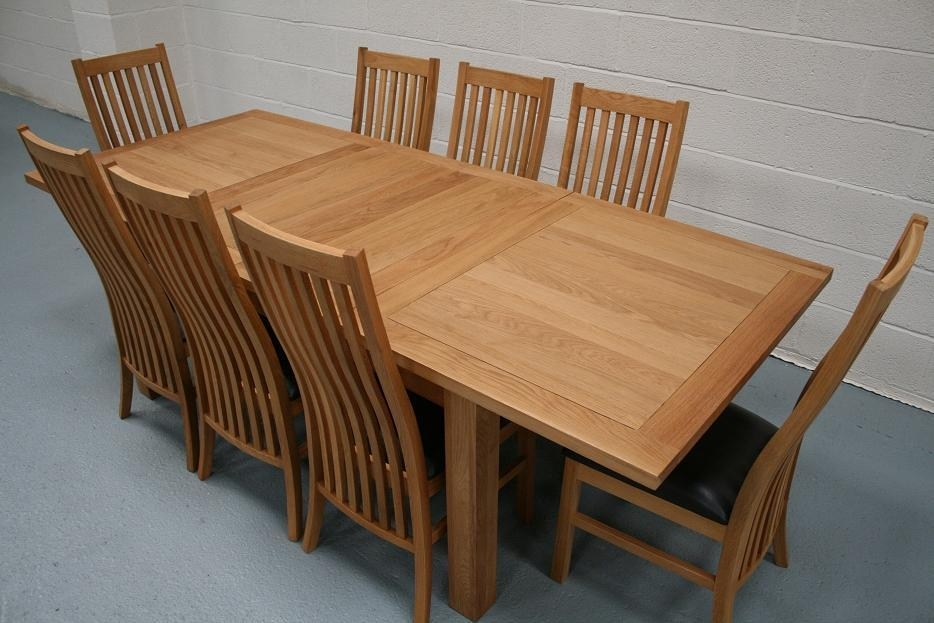 Lichfield Extending Dining Tables | 8 Seater Oak Dining Table Set For Oak Extending Dining Tables And 8 Chairs (Image 15 of 25)