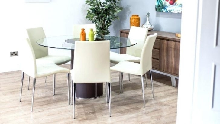 Licious Round Wood Dining Table For 6 Seater Wooden And Chairs 60 Throughout 6 Seat Round Dining Tables (Image 15 of 25)