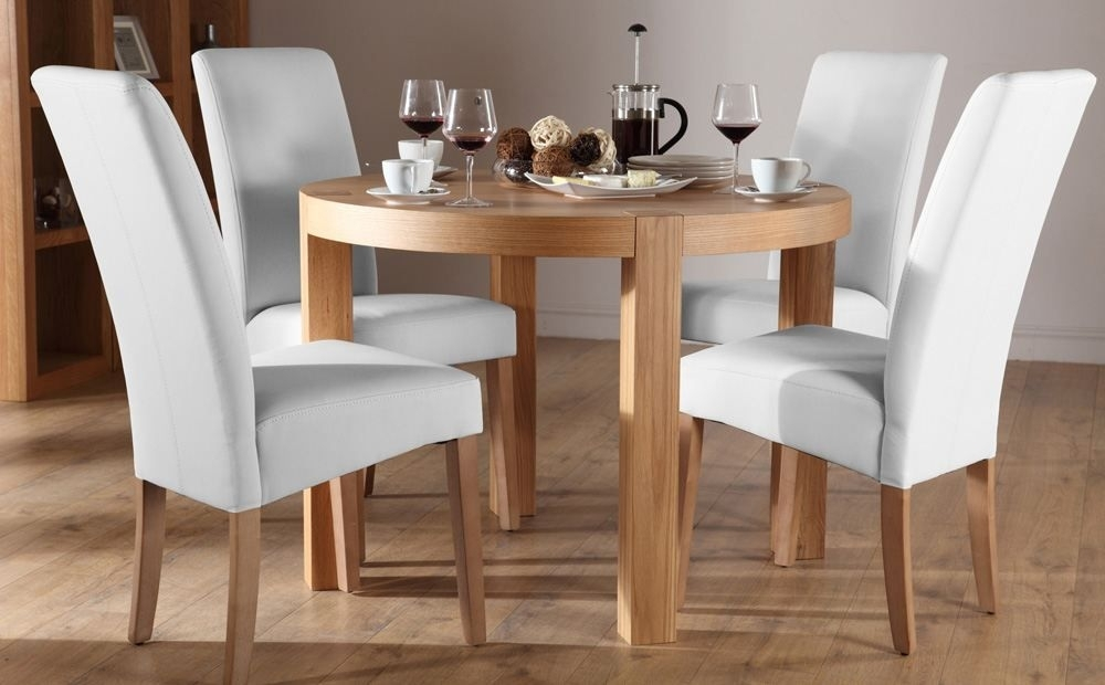 Lovely York Round Oak Dining Table And 4 Leather Chairs Set Regarding Oak Dining Tables And Leather Chairs (Image 7 of 25)