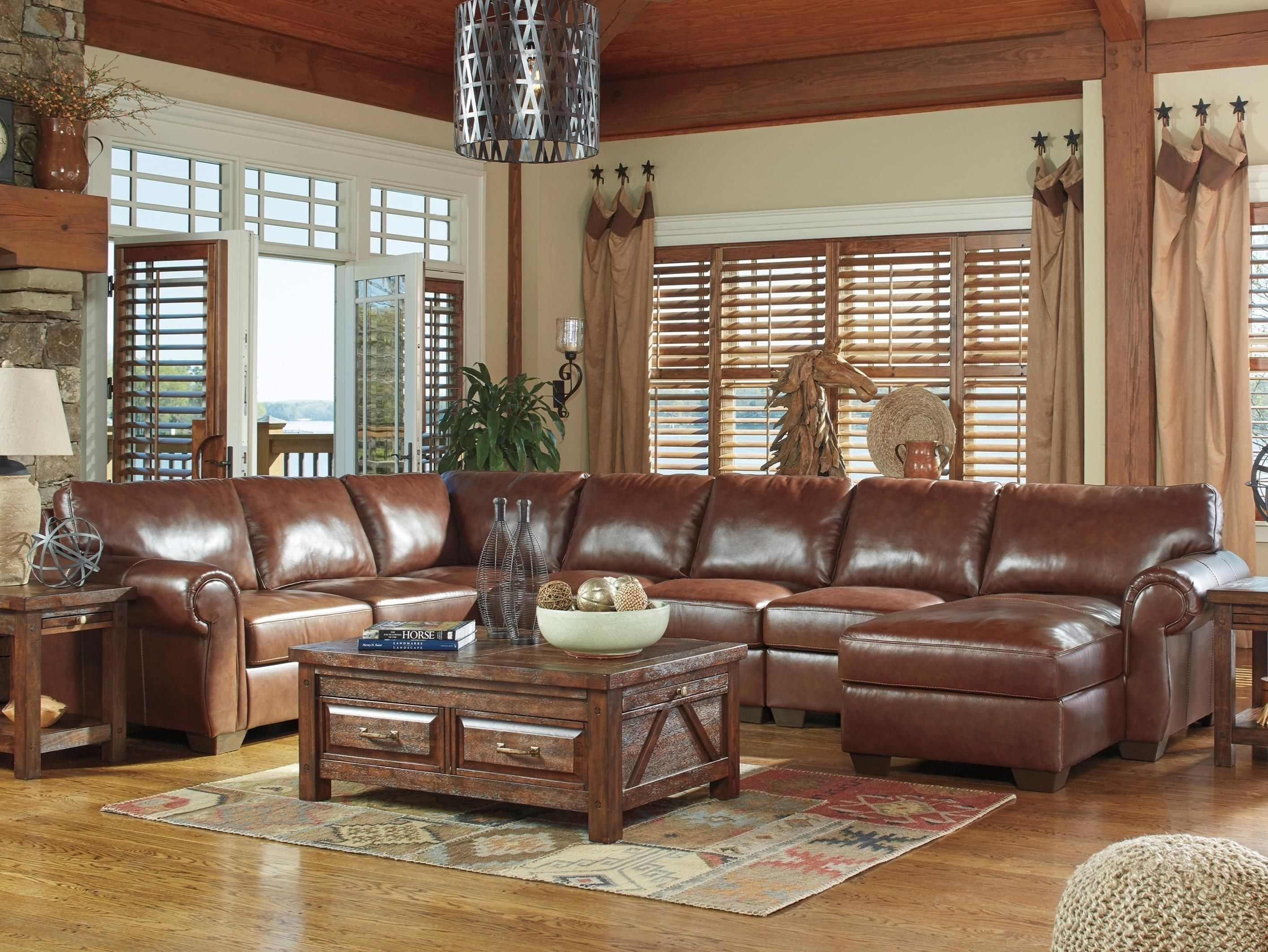 Lugoro 5 Piece Sectional With Right Chaisesignature Design Within Blaine 3 Piece Sectionals (Image 17 of 25)
