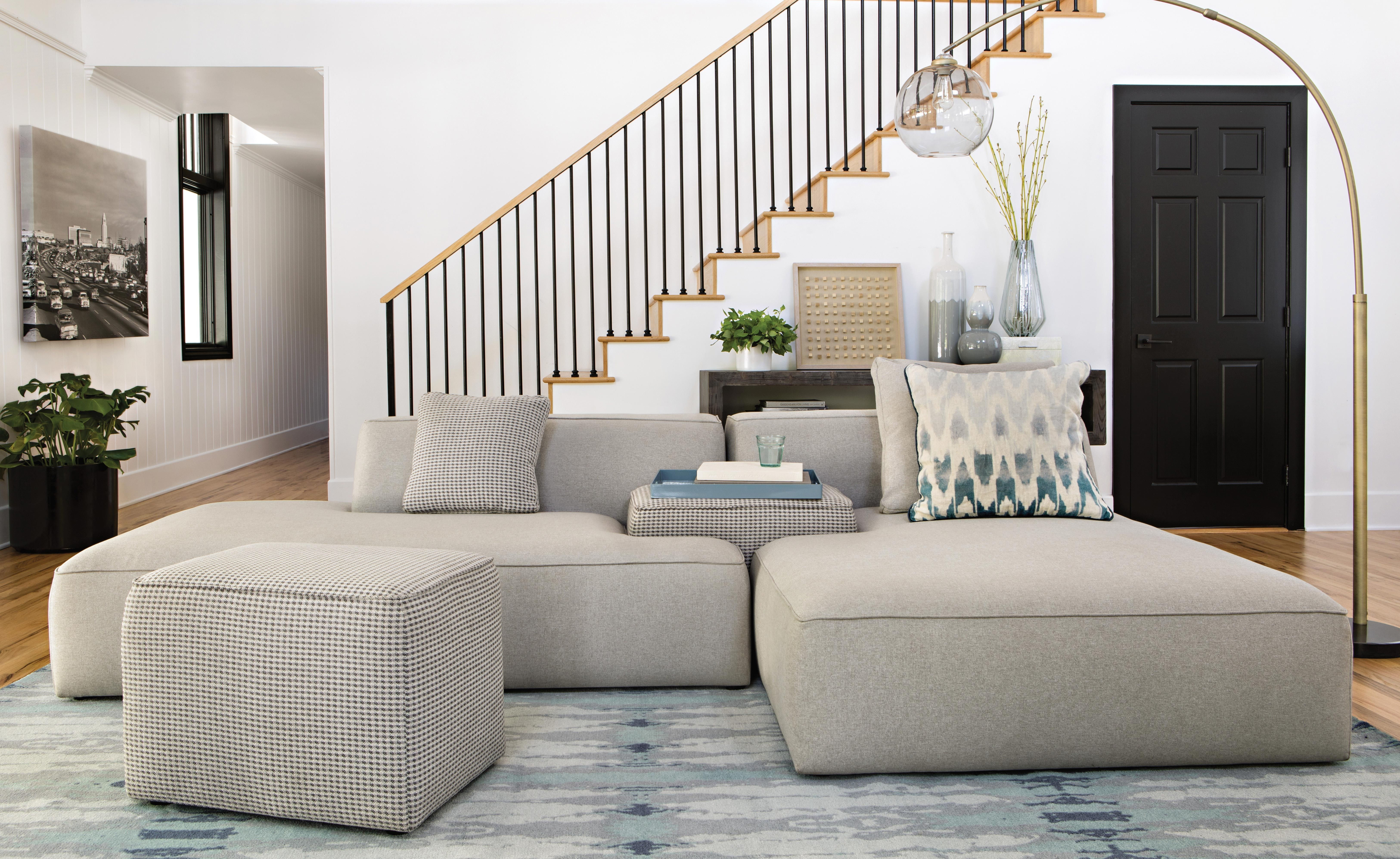 Maggie Light Grey 3 Piece Sectional W/raf Chaise & Plaid Stool Intended For Turdur 3 Piece Sectionals With Raf Loveseat (Image 15 of 25)
