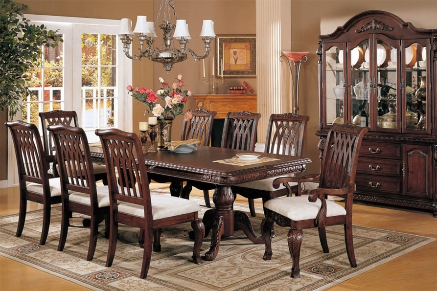 Mahogany Dining Room Furniture; A Timeless Beauty With An Imperial Look Within Mahogany Dining Tables Sets (Image 10 of 25)