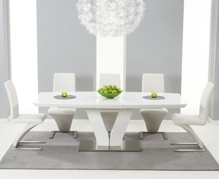 Malaga 180Cm White High Gloss Extending Dining Table With Hampstead Throughout Gloss Dining Tables Sets (View 15 of 25)