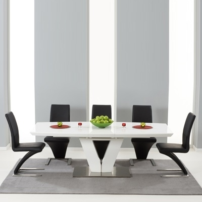 Malta High Gloss Extending Dining Table With 6 Harvey Black Chairs Throughout Black Gloss Extending Dining Tables (Image 12 of 25)