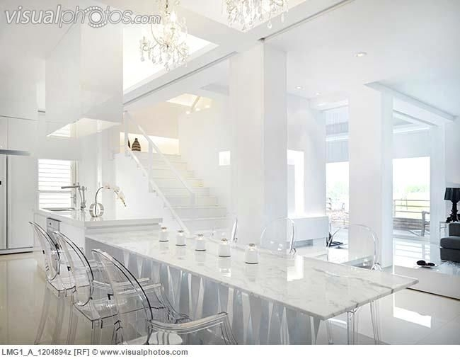 Marble Dining Table With Clear Plastic Chairs | Kodin Sisustus Pertaining To Clear Plastic Dining Tables (Image 19 of 25)