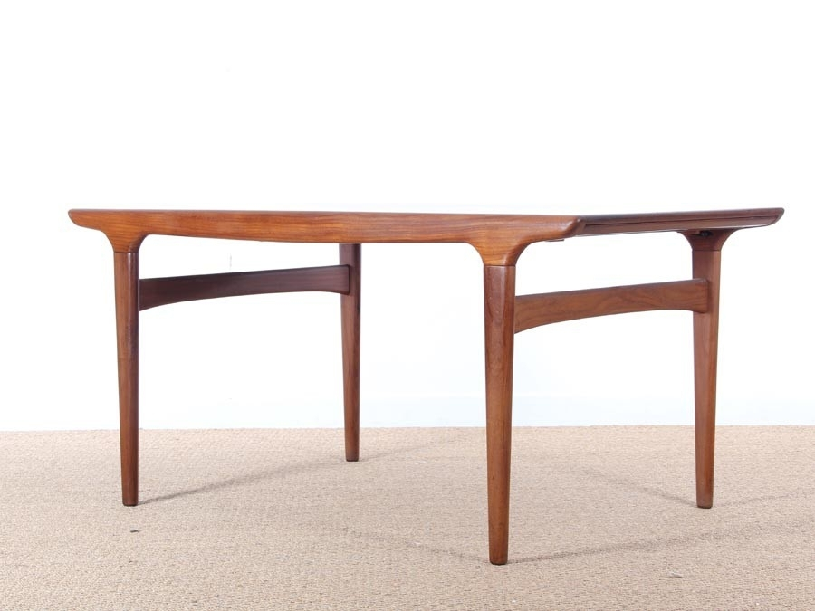 Mid Century Modern Danish Dining Table In Teakjohannes Andersen Throughout Danish Dining Tables (View 8 of 25)