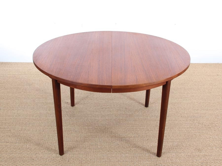 Mid Century Modern Danish Round Dining Table In Teak (Image 11 of 25)