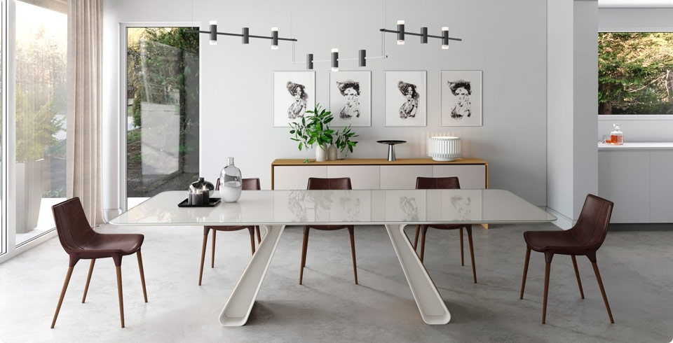 Featured Photo of Contemporary Dining Tables Sets
