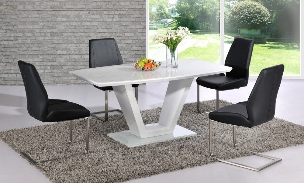 Modern White High Gloss Dining Table And 4 Black Chairs Glass Top Inside Black High Gloss Dining Tables (Image 20 of 25)
