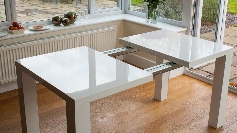 Modern White High Gloss Extending Dining Set | Uk With Regard To Black Gloss Extending Dining Tables (Image 13 of 25)
