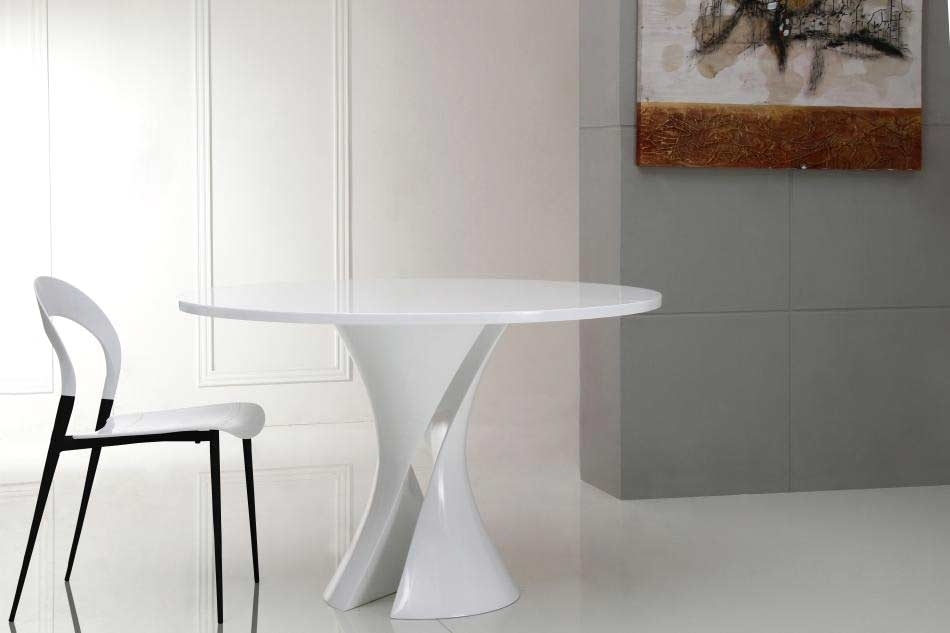 Modern White Lacquer Round Dining Table Vg Curves | Modern Dining Regarding Caden Round Dining Tables (Image 22 of 25)