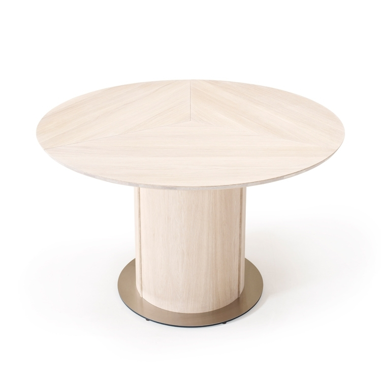 Oak Dining Table | Skovby Oak Extending Round Dining Sm32 Table Intended For Glass Round Extending Dining Tables (Photo 21 of 25)