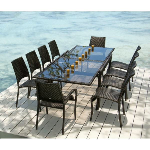 Ocean Rattan Fiji Extending Table & Stacking Chairs Outdoor Dining Set For Extending Outdoor Dining Tables (Image 20 of 25)