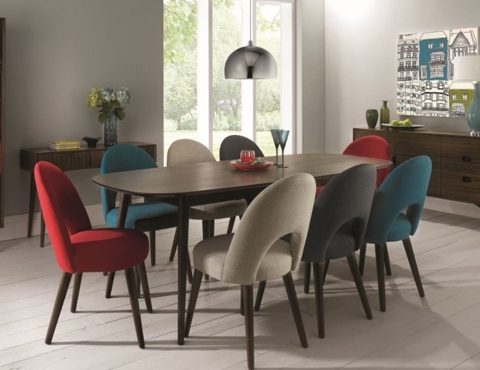 Oslo Walnut Extending Dining Table And Chairs With Regard To Dining Extending Tables And Chairs (Image 20 of 25)