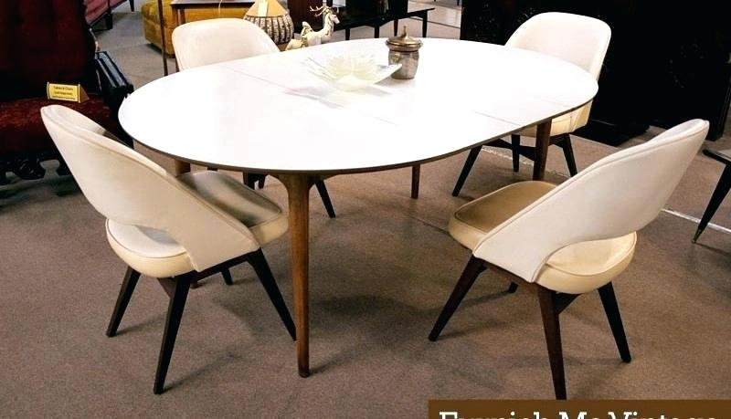 Oval Dining Table White – Pizzaitaliana In White Oval Extending Dining Tables (View 12 of 25)