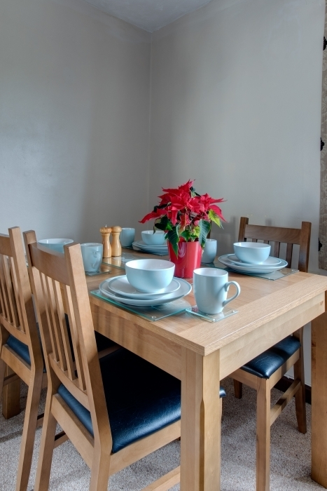 Partridge - Bird's Farm Cottages in Partridge 6 Piece Dining Sets