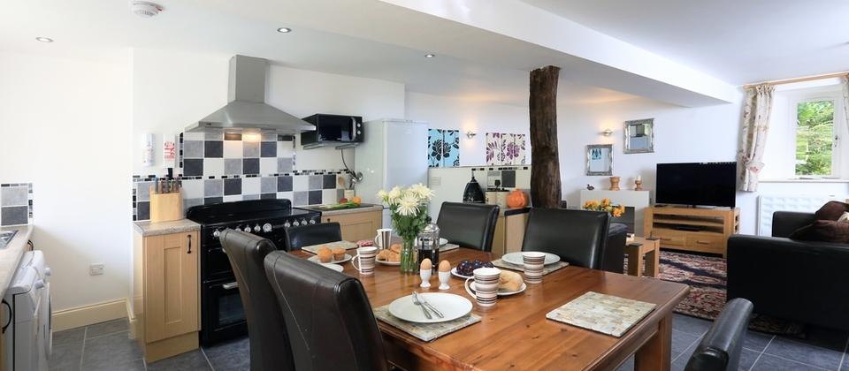 Partridge Cottage – Kingsbridge, Devon – Blue Chip Holidays For Partridge 6 Piece Dining Sets (Image 19 of 25)