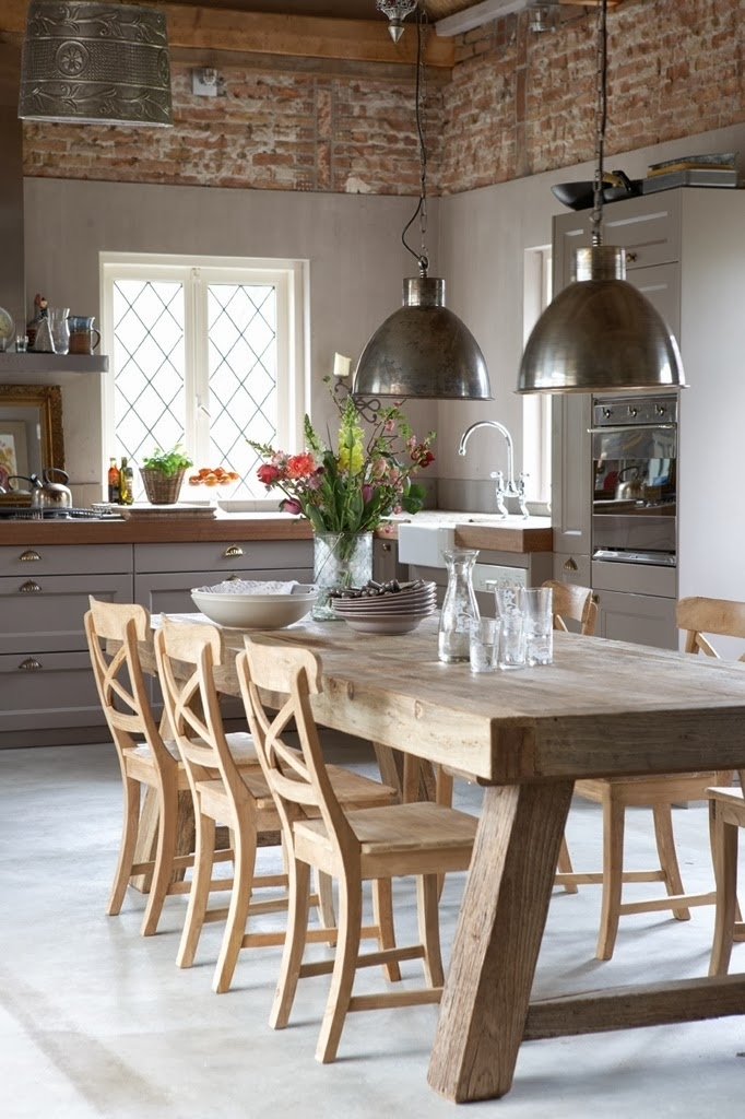 Pendant Lights Over The Dining Table Throughout Over Dining Tables Lights (View 11 of 25)