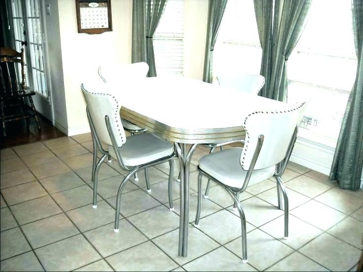 Retro Dining Room – Olukayode With Retro Dining Tables (View 14 of 25)
