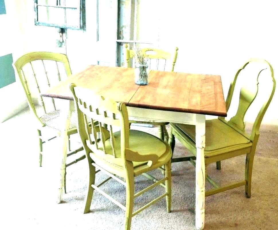 Retro Round Dining Table – Insynctickets For Compact Dining Sets (Image 20 of 25)