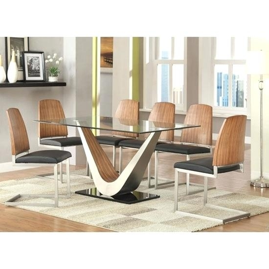 Round 6 Seater Dining Table 6 Seat Table Round 6 Seat Dining Table 6 With Glass 6 Seater Dining Tables (Image 19 of 25)