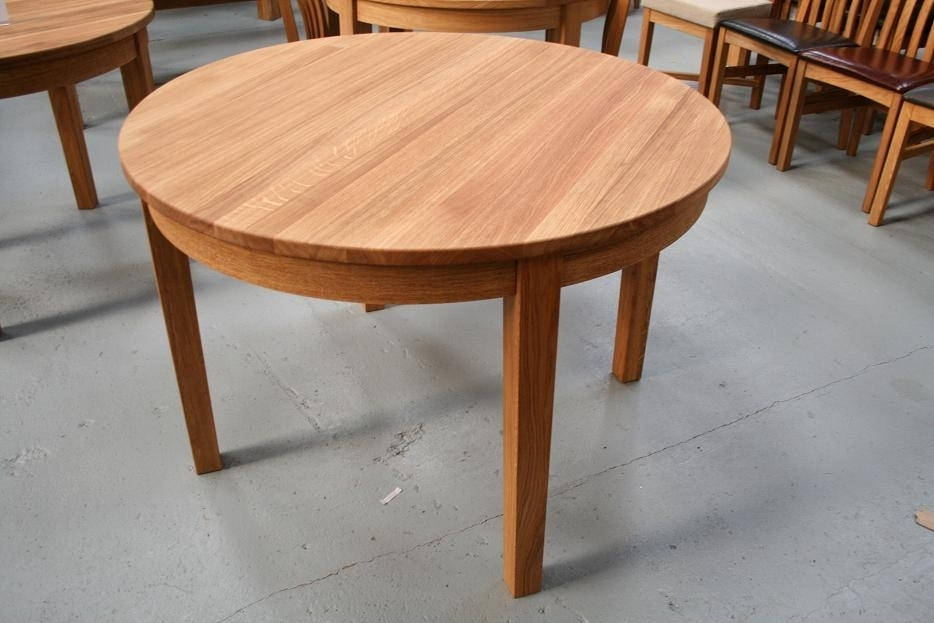 Round Dining Table | Extending Round Oval Dining Table with regard to Circular Oak Dining Tables