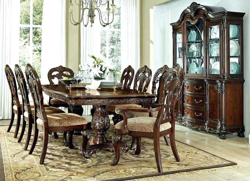 Round Formal Dining Table Traditional Dining Table Set Dining Room Inside Traditional Dining Tables (Image 12 of 25)