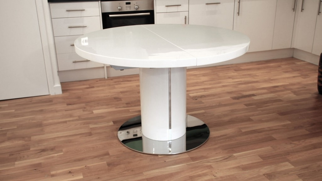 Round White Gloss Extendable Dining Table Design With Round With Round White Extendable Dining Tables (View 6 of 25)