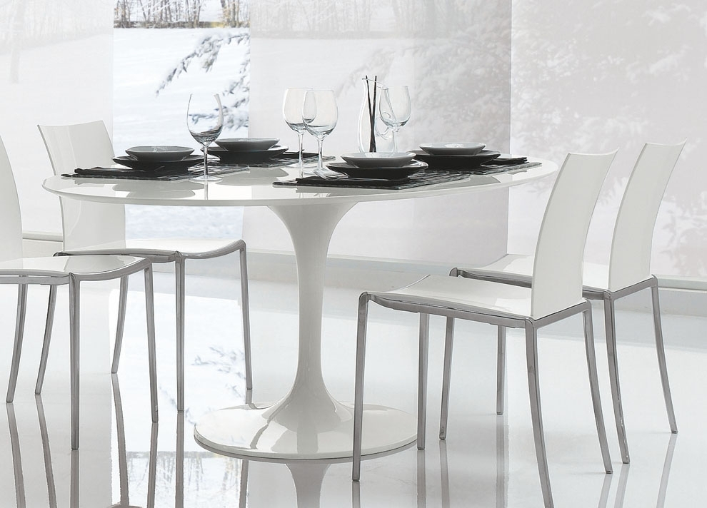 Saarinen Tulip Round Dining Table | Contemporary Furniture | Dining Regarding White Circle Dining Tables (Image 15 of 25)